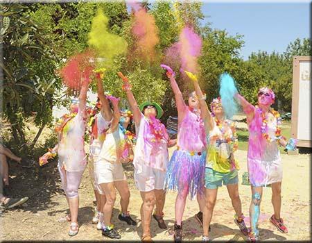 Fiesta Holi Humor Amarillo Salou Cambrils Tarragona